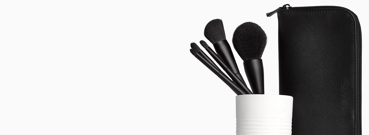 Master the art of makeup with our best brushes ever!
