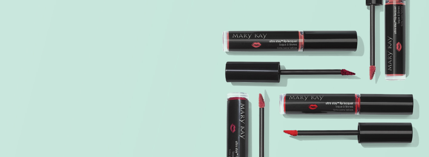 Limited-edition† Mary Kay Ultra Stay™ Lip Lacquer Kit tubes and applicators